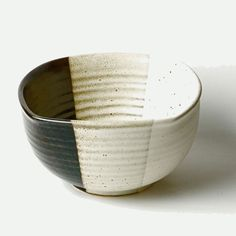 Google Image Result for http://www.aniika.com/media/catalog/product/cache/1/image/1000x/9df78eab33525d08d6e5fb8d27136e95/m/e/medium-serving-bowl-zen.jpg