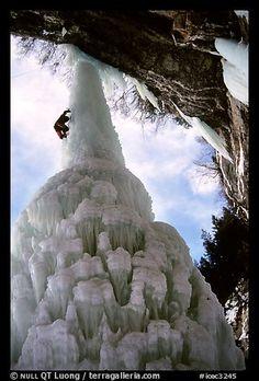 Climbing the Fang, Vail, Colorado. USA (color)