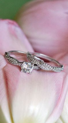 Love this elegant matched set featuring strands of scalloped pavé diamonds.