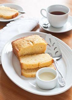 Lemon Pound Cake with Tea