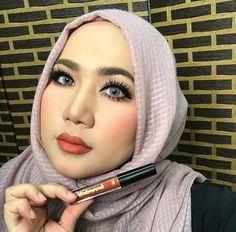 Charmed on her lips ���� ���� #amouracosmetics #amouralovers #kylielipkit #hudabeauty #lipstick #lipcream #matte #mua #makeup #kyliejenner #lip #lipmatte #nyx #mac #maccosmetics #nars #anastasiabeverlyhills #lips #colourpop #lasplash #faceoftheday #makeupmafia #makeupaddict #shimmer #blush #bronzer #makeover http://ameritrustshield.com/ipost/1564929260657145496/?code=BW3vt8IFXaY