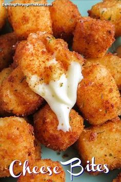 These easy cheese bites are one of those great string cheese recipes that everyone will love Who doesn t love fried cheese Cheese Appetizers, Finger Food Appetizers, Yummy Appetizers, Appetizer Recipes, Cheese Snacks, Snack Recipes, Dinner Recipes, String Cheese Bites, Baked Cheese Bites