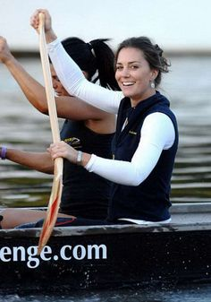 Canada royal visit: Prince William rules the waves but Kate Middleton looks 'oarsome' Kate Middleton Outfits, Middleton Family, Kate Middleton Style, Pippa Middleton, Prince William Family, Prince William And Catherine, William Kate, Duchess Kate, Duke And Duchess
