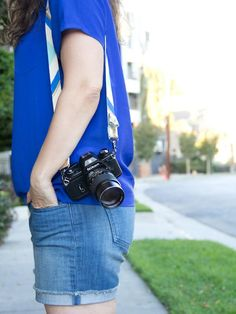 Personalize your camera with a cotton strap embellished with metallic leather and craft paint. Nikon Camera Tips, Camera Hacks, Canon Cameras, Nikon Dslr, Canon Lens, Camera Gear, Film Camera, Diy Camera Strap, Leather Camera Strap