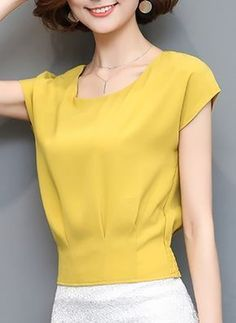 ideas sewing patterns for women dresses neckline Formal Dress Patterns, Dress Sewing Patterns, Blouse Styles, Blouse Designs, Hijab Fashion, Fashion Dresses, Sewing Blouses, Necklines For Dresses, Blouse And Skirt