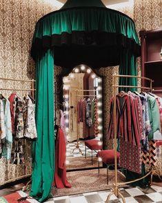 """the Gucci garden & showroom is a maximalist dream"" Boutique Interior, Deco Originale, The Design Files, Aesthetic Room Decor, Beauty Room, My New Room, Store Design, My Dream Home, Future House"