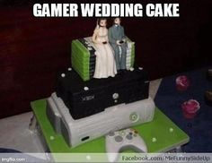 I would so have this gamer wedding cake!
