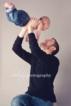 6 mo baby picture - with uncle D Toddler Photos, Baby Boy Photos, Cute Baby Pictures, Newborn Pictures, 6 Month Photography, Cute Photography, Toddler Photography, Family Photography, 6 Month Baby Picture Ideas