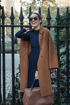 Louise Roe wearing fall outfit with navy dress and camel coat Winter Coat Outfits, Fall Outfits, Ladies Outfits, Navy Wool Coat, Beige Coat, Navy Dress Outfits, Modest Outfits, Dresses, Front Roe