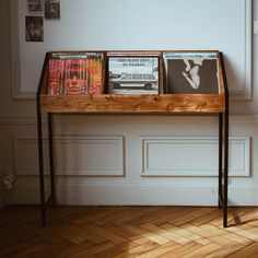 46 meubles pour ranger des vinyles Vinyl Record Storage Shelf, Record Crate, Record Collection, Crates, Magazine Rack, Entryway Tables, Sweet Home, Shelves, Cabinet