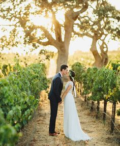 Boho Chic Vineyard Wedding Inspiration via @gws