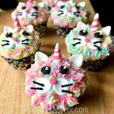 Mini cakes goat-zucchini and ricotta-spinach - Clean Eating Snacks Cat Birthday, Rainbow Birthday, 6th Birthday Parties, Birthday Ideas, Dog Cupcakes, Birthday Cupcakes, Cupcake Art, Cupcake Cakes, Cup Cakes