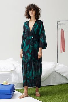 Rodebjer Pre-Fall 2016 Fashion Show