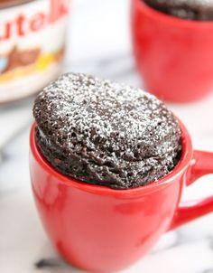 Recette facile de gâteau au Nutella dans une tasse!