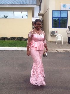 Wedding anniversary African Lace Styles, African Style, African Attire, African Wear, Ethnic Fashion, African Fashion, African Blouses, Mother Of The Bride, Bride Groom