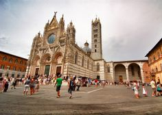 The Cathedral of Siena in Italy - one of 5 places to see in Tuscany: http://www.ytravelblog.com/5-places-to-see-in-tuscany-italy/
