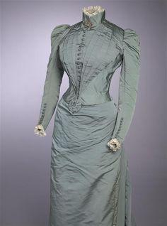 Dress ca. 1891 From the Gemeentemuseum Den Haag via Europeana Fashion