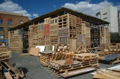 Innovative Pallet Designs | Beam Pallet House, 6 Pallet Architecture, shipping pallets, pallet ...