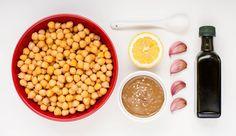 Prepariamo insieme l'Hummus, la crema di ceci famosa in tutto il mondo! Non sbagliare, segui la ricetta del ristorante kosher BellaCarne!