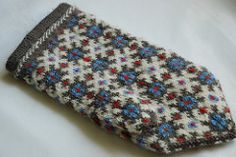 Graph 119 - District of Ventspils - Latvian mittens #2