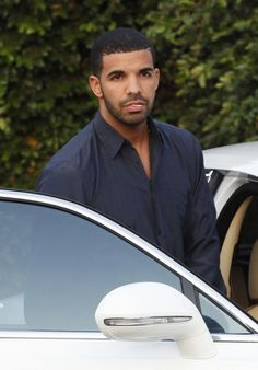 I love Drake, if something happened to him, nothing would be the same! Haha see what I did there? Lol, love ya Drake