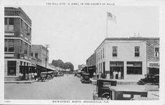 Brooksville Main Street Scene 8 by ghs1922, via Flickr