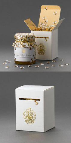 Bees Knees Honey Packaging by At Pace Design Logo Designer Bradenton, Web Design Sarasota, Tampa Fivestar Branding Agency Jar Packaging, Honey Packaging, Food Packaging Design, Chocolate Packaging, Packaging Design Inspiration, Brand Packaging, Product Packaging, Honey Logo, Honey Label