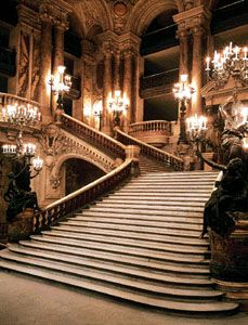 I need to go back to the Paris opera house so I can actually go inside