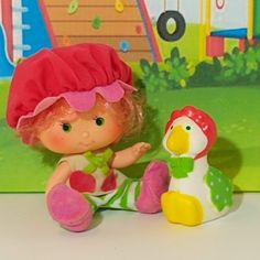 Cute Strawberry Shortcake Cherry Cuddler with her pet Gooseberry. She has some signs of her age, but her condition is very good. Cute Strawberry, Strawberry Shortcake, Cherry, Dolls, Signs, Pets, Handmade, Vintage, Strawberry Fruit