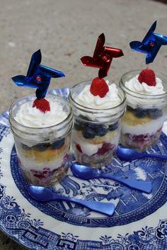 DIY - July 4th Cupcake Jars