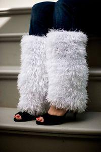 Snowy Lane Leg Warmers: Free #crochet leg warmers pattern