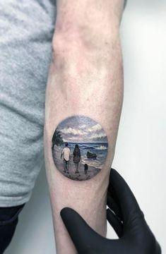 Awesome Tattoos by Amazing Artist Eva Krbdk - TheTatt Tree Tattoos, Dad Tattoos, I Tattoo, Awesome Tattoos, Cool Tattoos, World Travel Tattoos, Circular Tattoo, Couple Tat, Cute Little Tattoos