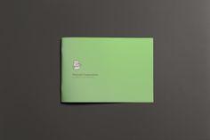 Manual corporativo para uno de nuestros clientes. #branding #marca #carpintea  #diseño #decoración #carpintea #equilatera