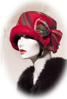 Fabulous Flapper Vintage Reversible Cloche Style 1920s 30s Hat. @designerwallace