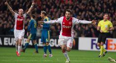 El Celta reacciona tarde ante el Ajax (3-2)
