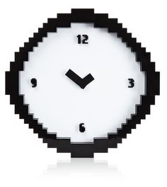 There's no need to squint, this pixel clock is actually designed to look retro just like an computer game! It features blocky edges and a classic number font just like classic, old computers from back in the day. Wall Clock Black And White, Black White, Nerd Room, Computer Video Games, 8 Bits, Minecraft Bedroom, Look Retro, Deco Originale, Old Computers