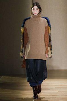 Agnona ready-to-wear autumn/winter '17/'18 - Vogue Australia