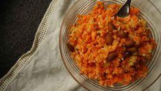 Ein Karottensalat der in 10 Minuten fertig ist. Mit frischem Apfel und knackigen Mandeln eine sommerliche Beilage zum Fleisch, oder auch allein in der Lunchbox lecker.