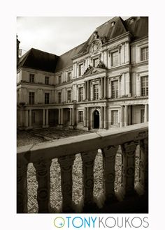 World Travel Photography Renaissance Architecture, Medieval Castle, Travel Photography, France, Windows, Black And White, Stone, World, Building