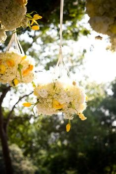 these hanging flowers are so pretty. i wonder how you make them?