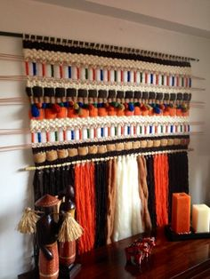 Weaving Art, Tapestry Weaving, Hand Weaving, Yarn Projects, Home Projects, Yarn Wall Art, Arts And Crafts, Diy Crafts, Textile Fiber Art