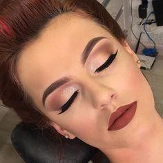 Perfect makeup for a redhead - Wedding Makeup Classic Pageant Makeup, Prom Makeup, Make Up Looks, Day Makeup, Makeup Goals, Makeup Eyes, Make Up Designs, Redhead Makeup, Makeup For Redheads
