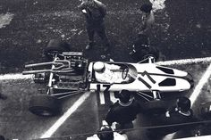 Bruce Leslie McLaren (NZ) (Bruce McLaren Motor Racing), McLaren M2B - Ford 3.0 V8 (finished 5th)  1966 United States Grand Prix, Watkins G...