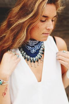 4 Ways To Wear The Classic Bandana | Free People Blog #freepeople