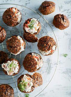Saaristolaisen minileivät | Suolainen leivonta | Soppa365 Tahini, Muffin, Bread, Breakfast, Christmas, Food, Breakfast Cafe, Yule, Muffins