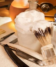 Seife herstellen - Seifen-Rezept: Rasierseife zum Selbermachen