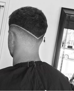 http://gurlrandomizer.tumblr.com/post/157398300052/haircut-styles-for-men-over-40-short-hairstyles