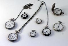 VAE CLASSIQUE + OBJETS DU CULTE CATHOLIQUE: Bijoux en or, pièces