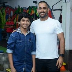 The real msd and the jr. Dhoni Quotes, Ms Dhoni Wallpapers, Ms Dhoni Photos, Chennai Super Kings, Cricket Sport, Army Love, Team 7, Mahi Mahi, Real Hero