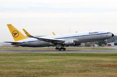 """Unser Retro-Flugzeug """"Achim"""". Download und weitere Bilder unter: http://www.condor.com/de/unternehmen/condor-newsroom/download.jsp"""